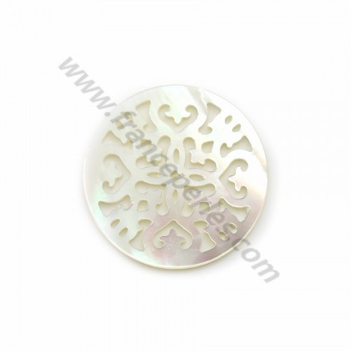 White round mother-of-pearl with openwork 21mm x 1pc